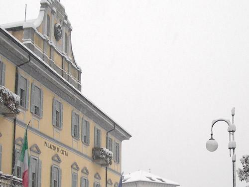 capodanno verbania in piazza in centro storico foto